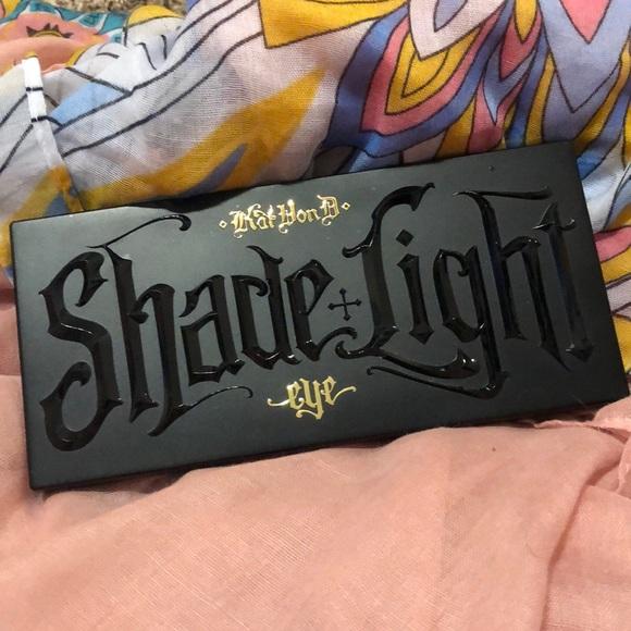 Shade and Light KVD eyeshadow palette